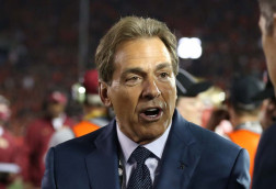 Watch Nick Saban do the 'Electric Slide', Kiffin sings karaoke