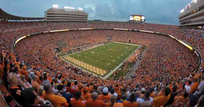 NCAA Football: Oregon at Tennessee