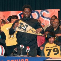 High School Football: National Signing Day-Terry Beckner Jr.