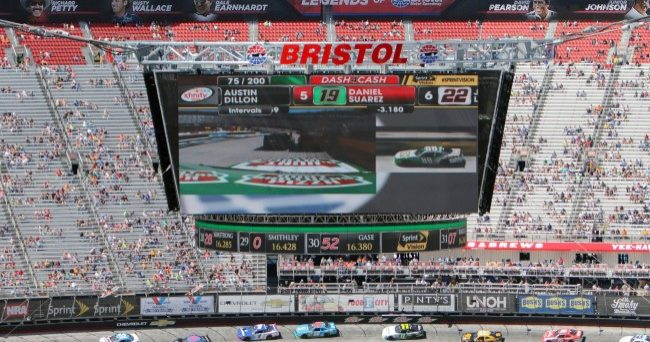 Country Mustic Star To Headline Battle At Bristol Tailgate