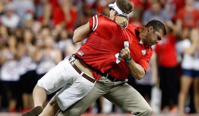 VIDEOS: Streakers run wild in non-SEC games