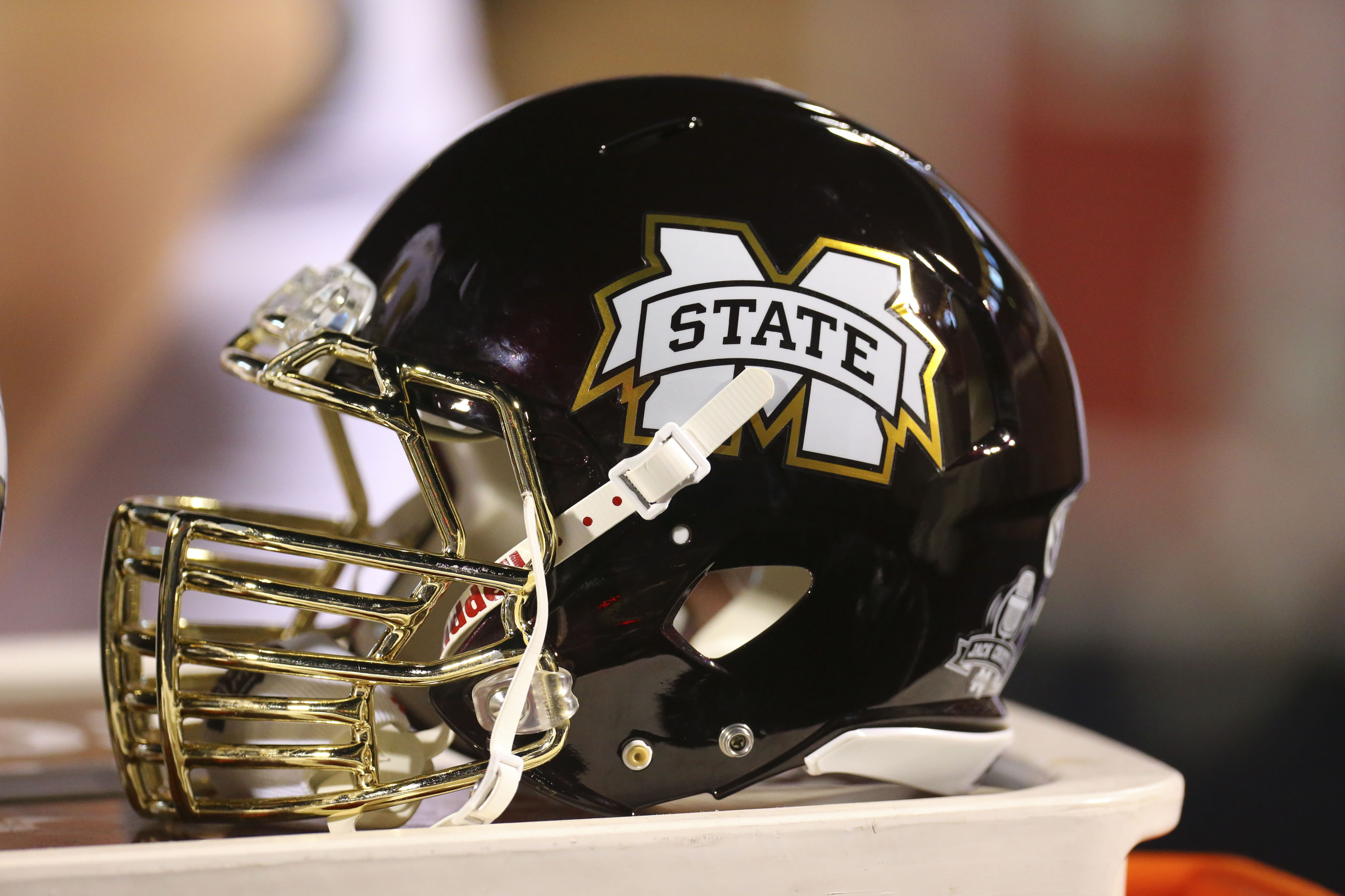 play Bulldogs hearts Mississippi with heavy State