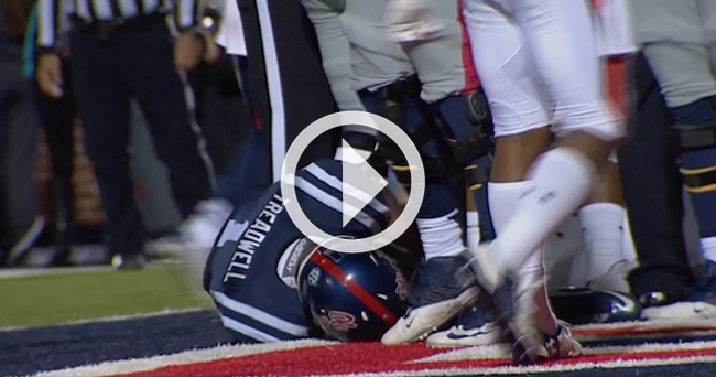 Video Laquon Treadwell Suffers Ugly Injury On Incredible