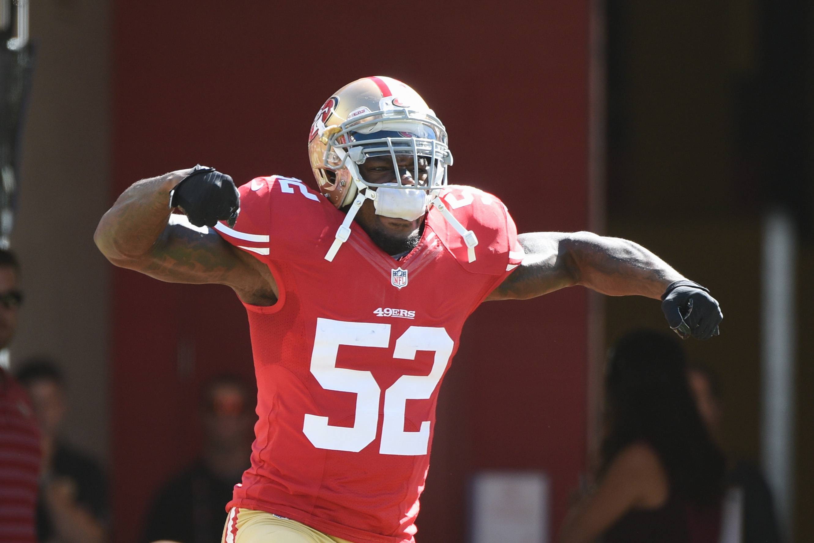 Patrick Willis: Unwanted at Tennessee, legend at Ole Miss
