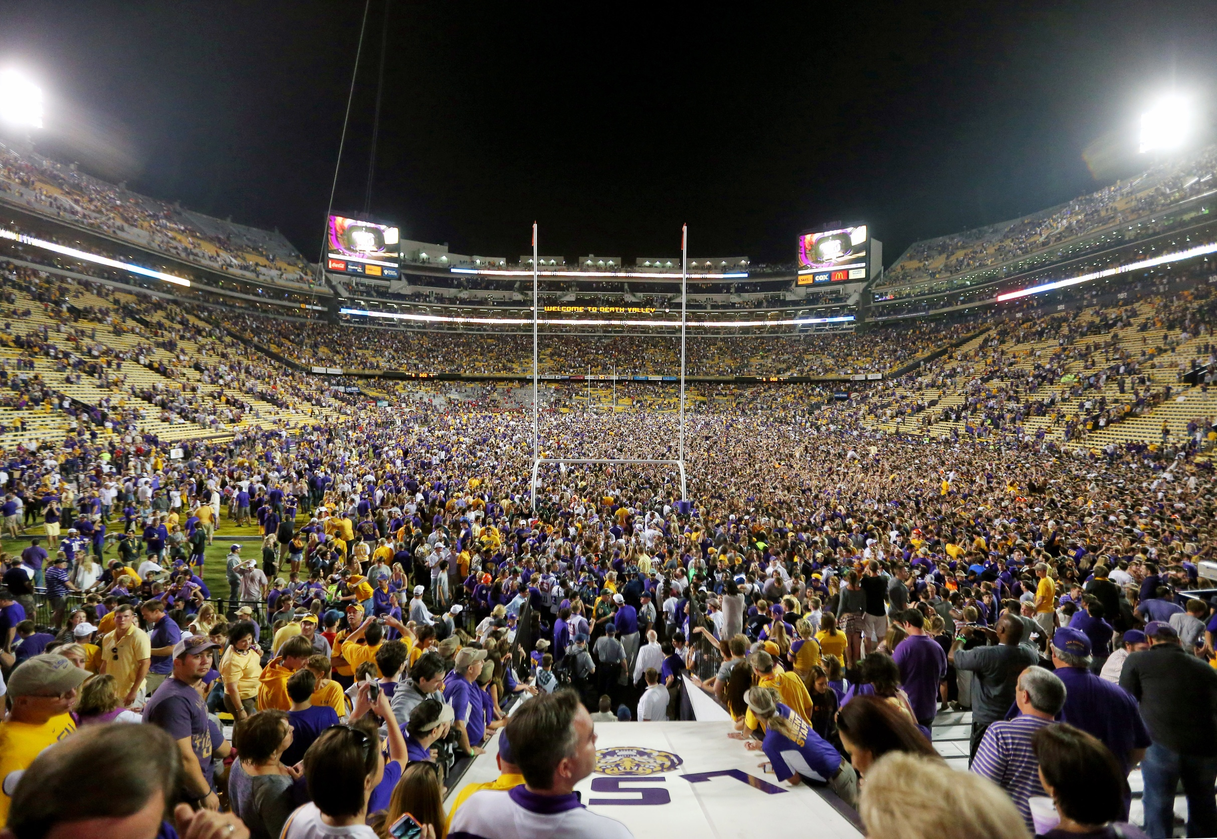 c8651f312a4 10 best stadiums in college football
