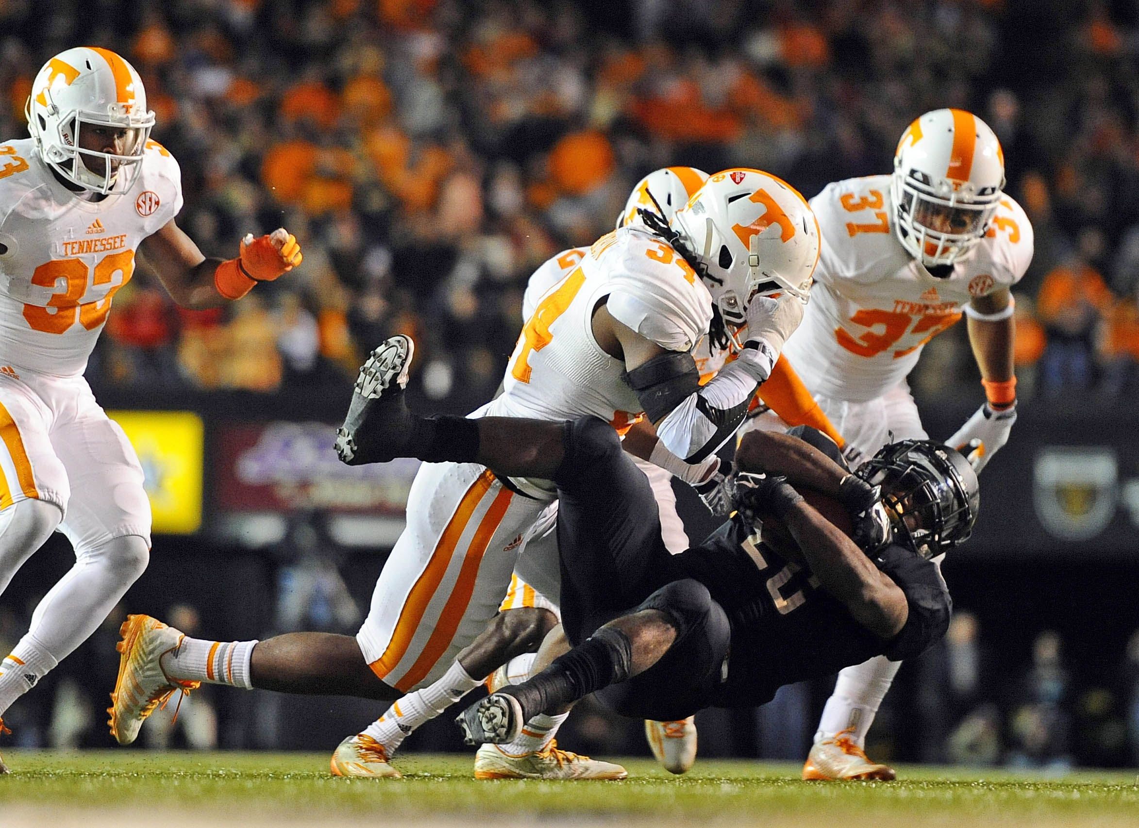 Fans submit names, trophies for Tennessee-Vanderbilt rivalry