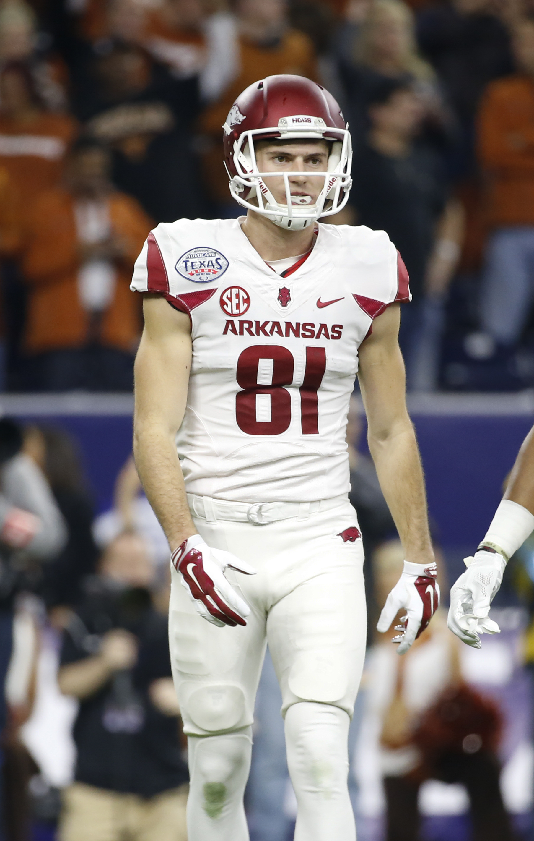 best loved 05e1b b201a Arkansas WR Cody Hollister out indefinitely with broken foot