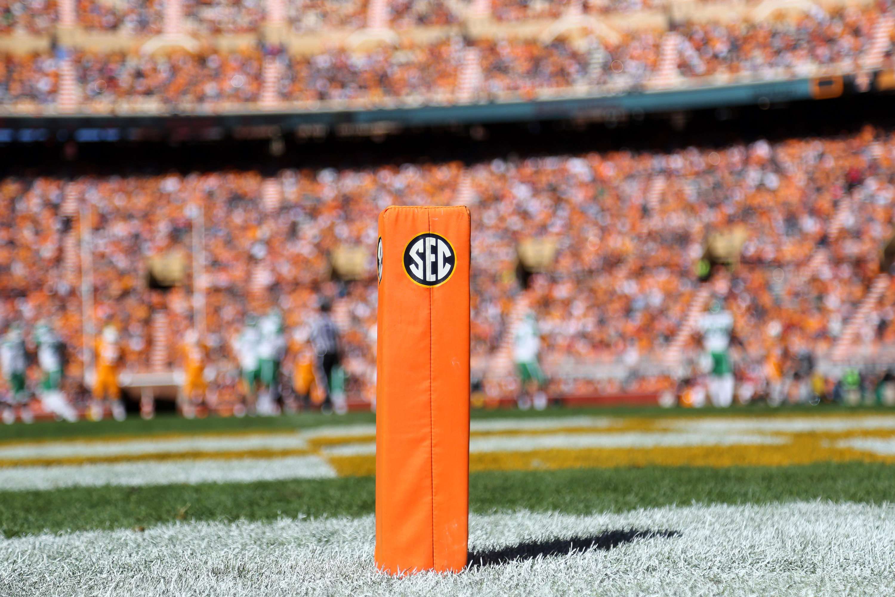Offensive lineman out of tennessee has 8 sec teams in his top 10 publicscrutiny Gallery