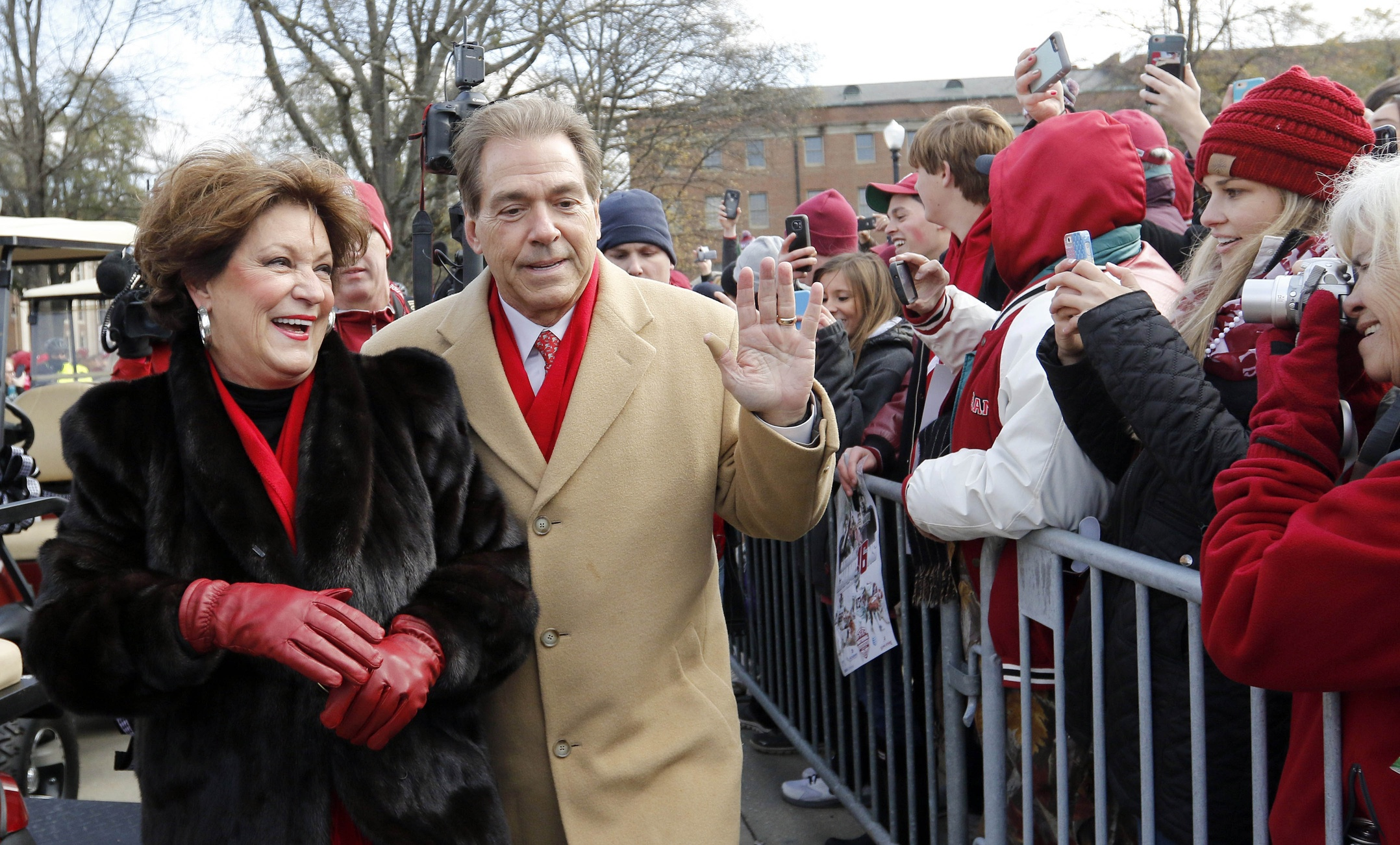 Nick Saban Wife To Open Mercedes Benz Dealership In Nashville
