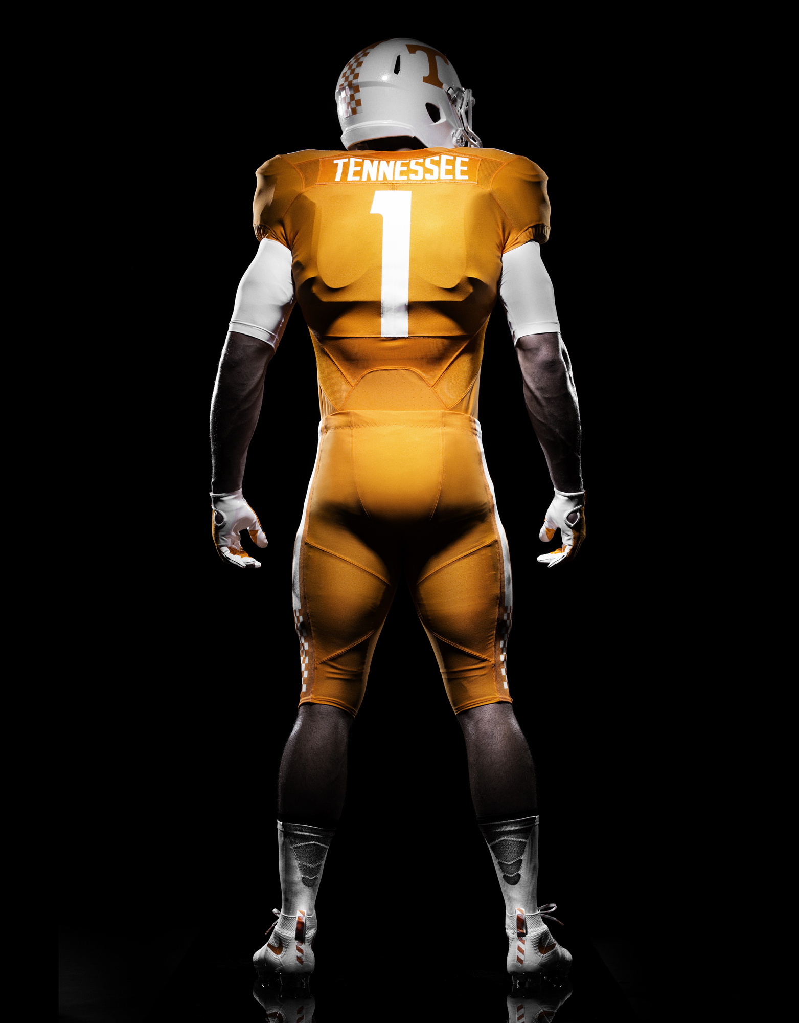 48393b32b Photos  Tennessee Volunteers unveil new Nike home uniforms