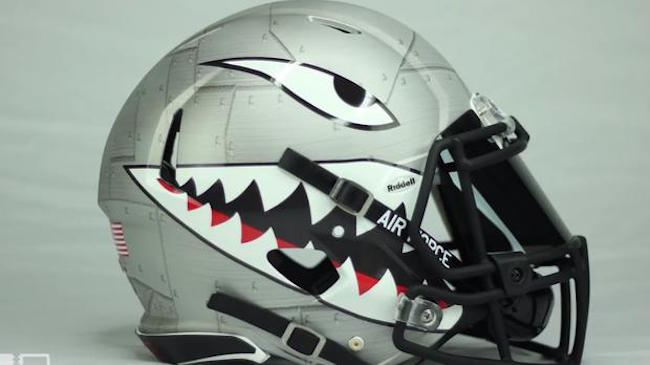 The College football helmets pictures