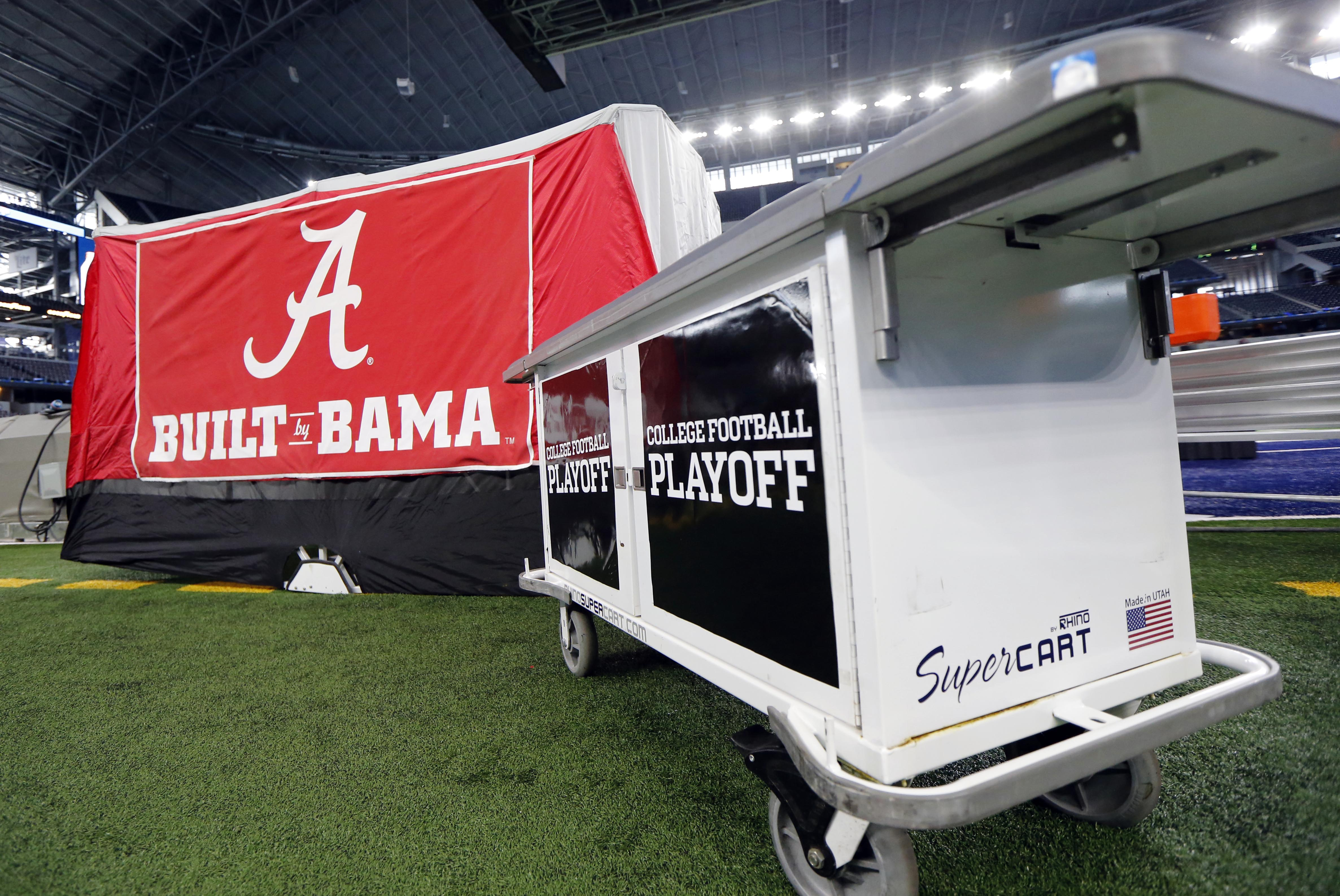 & Alabama head football trainer starts trend with on-field medical tents