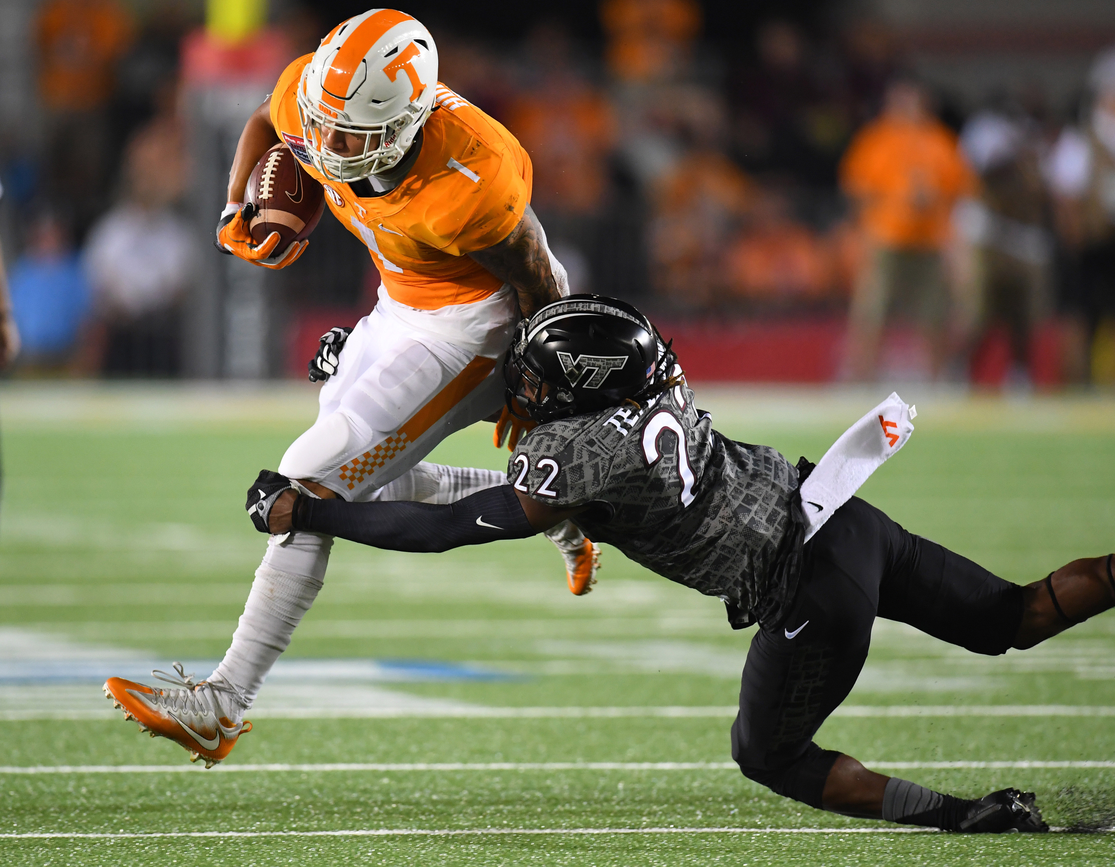 Mass exodus: Jalen Hurd is 12th player to leave UT from ...