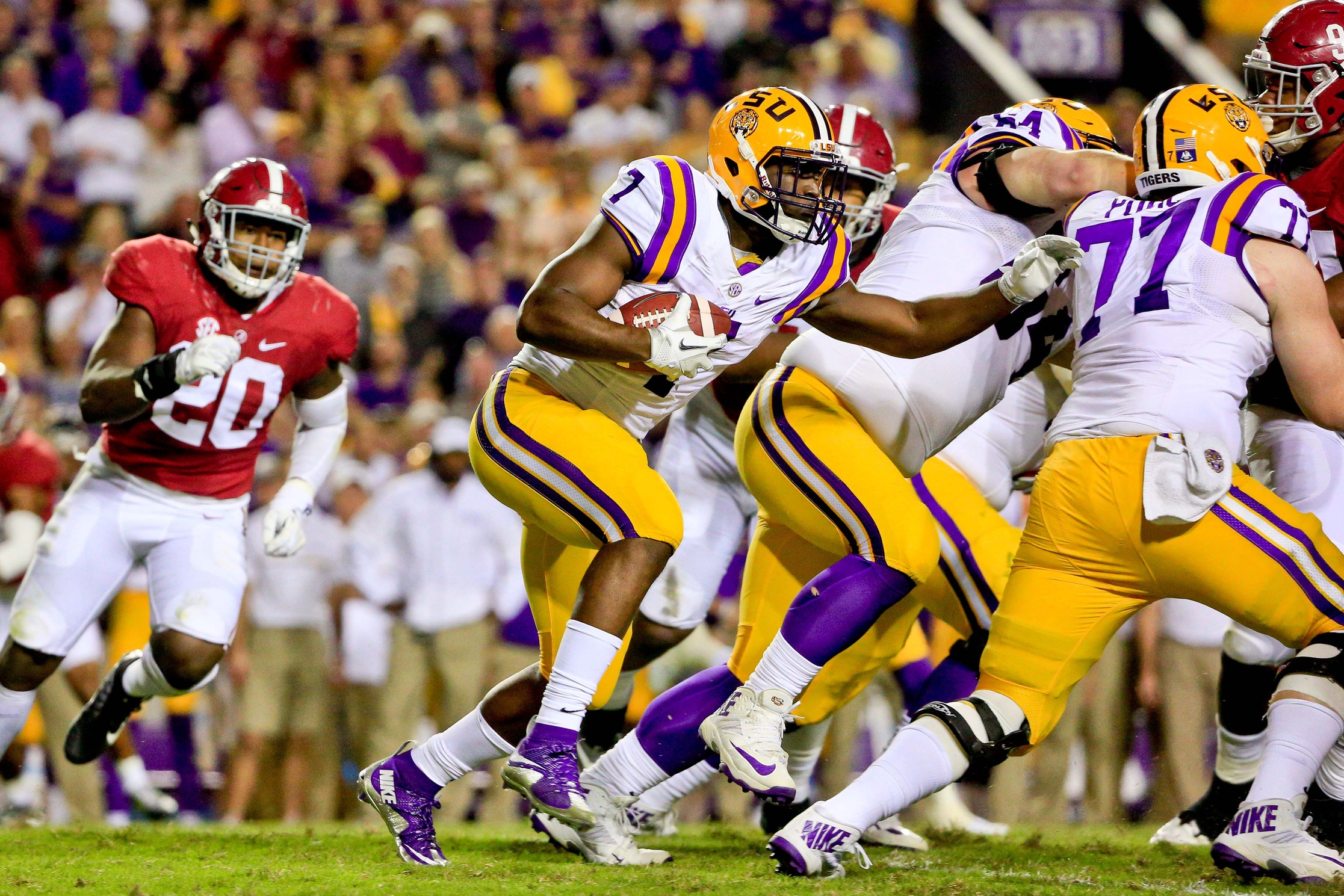 Leonard Fournette, learn a lesson from Adrian Peterson ...