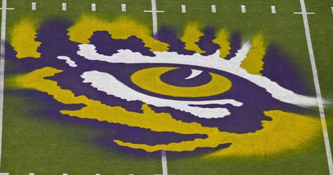 LSU offensive lineman Adrian Magee arrested, suspended