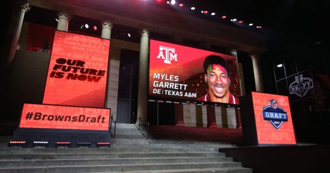 Browns take defensive end Garrett with first overall draft pick