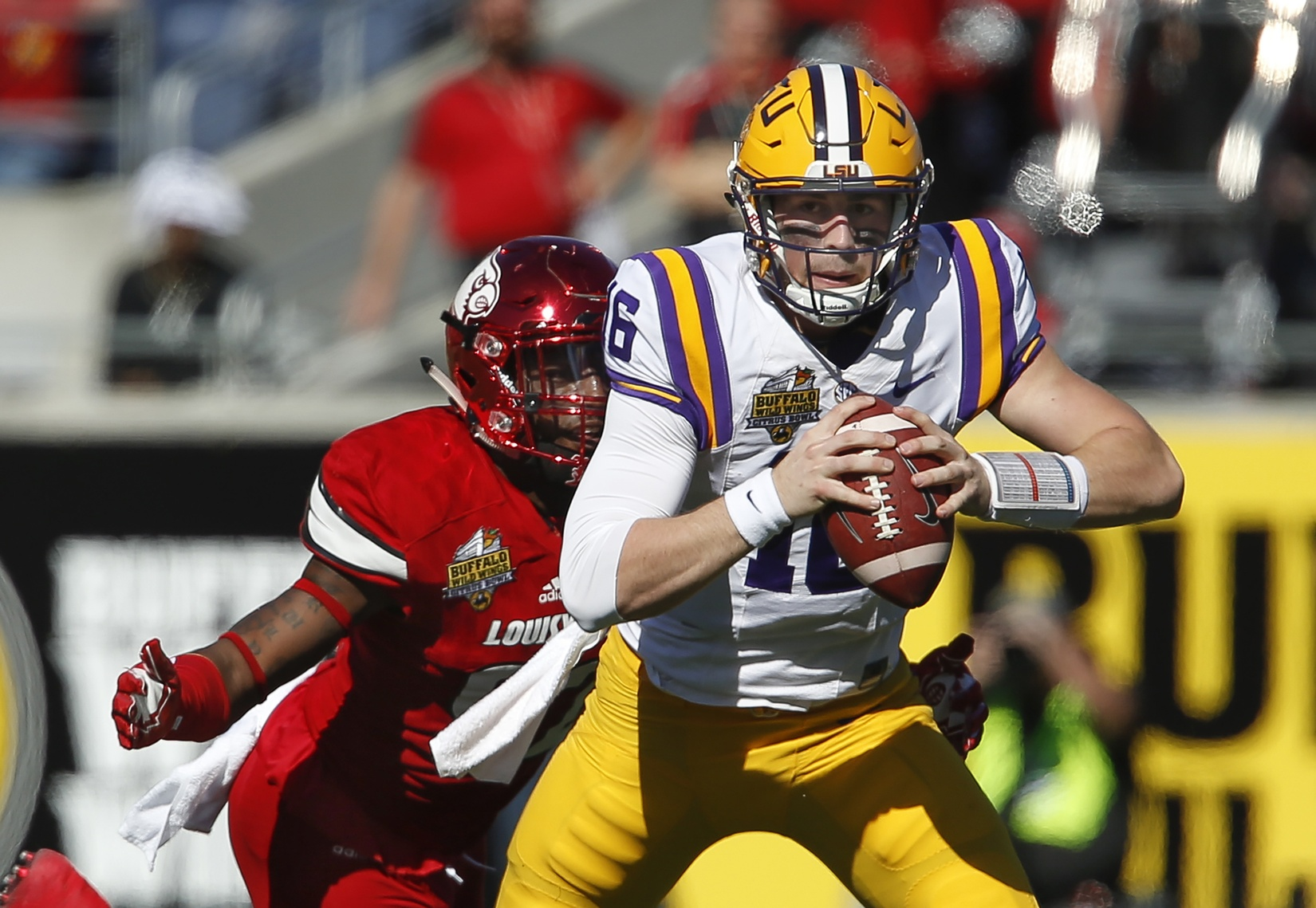 LSU quarterback Danny Etling undergoes minor surgery on back