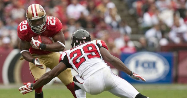 Ex-49ers RB Coffee comes out of retirement