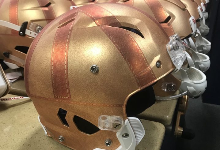 LOOK  Notre Dame unveils incredible uniform combo to honor Knute Rockne-era  teams 88e12e4d6