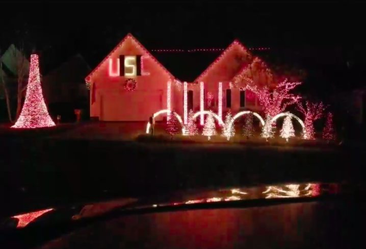 WATCH: South Carolina fan creates incredible Christmas lights show to ' Sandstorm' - WATCH: South Carolina Fan Creates Incredible Christmas Lights Show