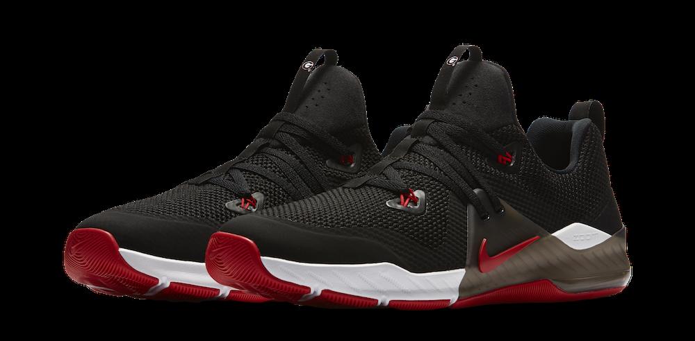 watch a8403 e374c Nike releases Georgia edition 'Zoom Train Command' shoe ...