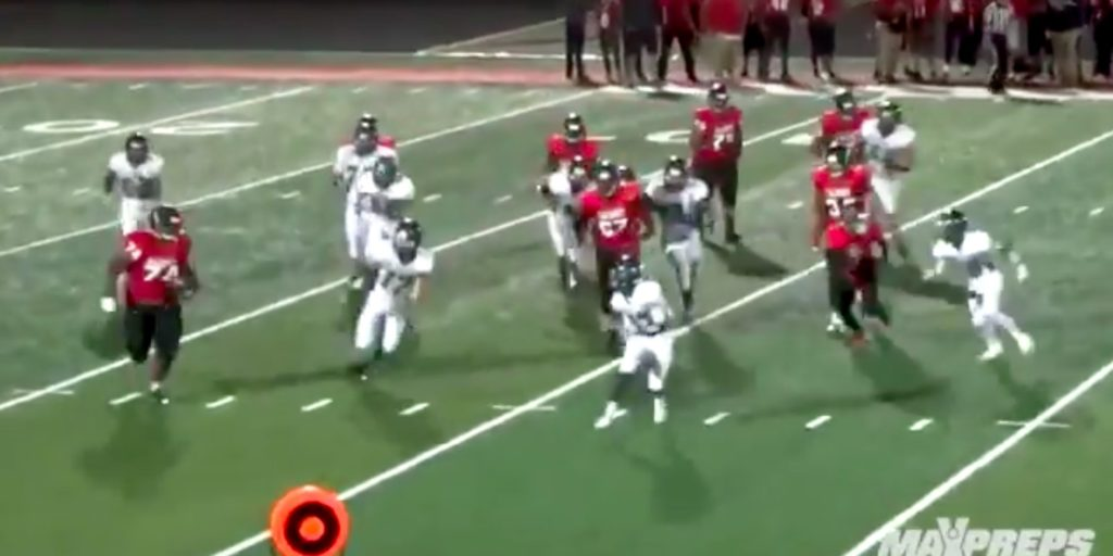 WATCH: 350-pound high school football player is the ...