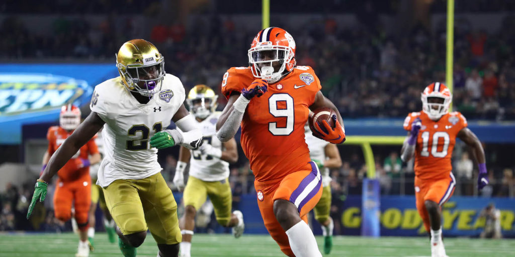 Overrated? Social media trashes Notre Dame after blowout ...