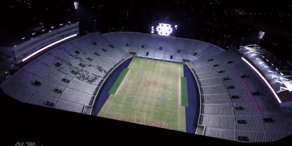 Watch Ole Miss Puts On Awesome Christmas Lights Show In