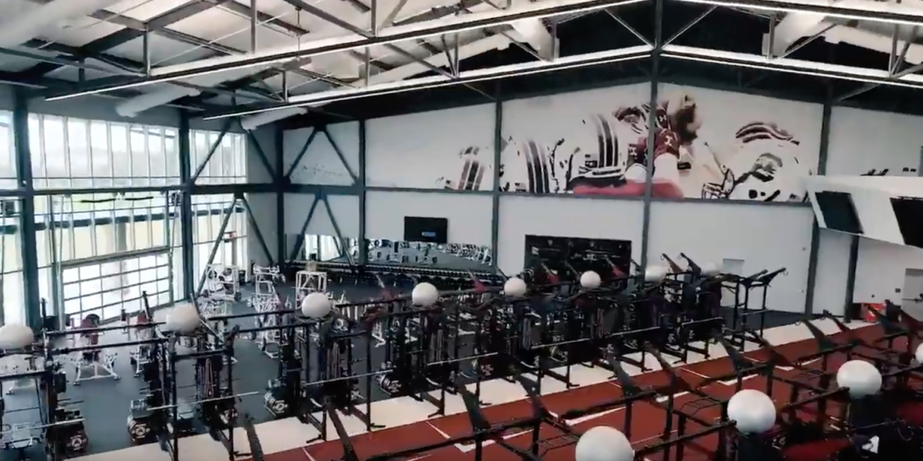 Watch South Carolina Shows Off Incredible New Weight Room