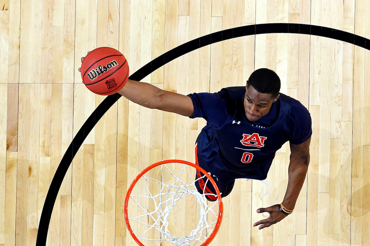 Former Auburn F Horace Spencer Signs Pro Contract With South