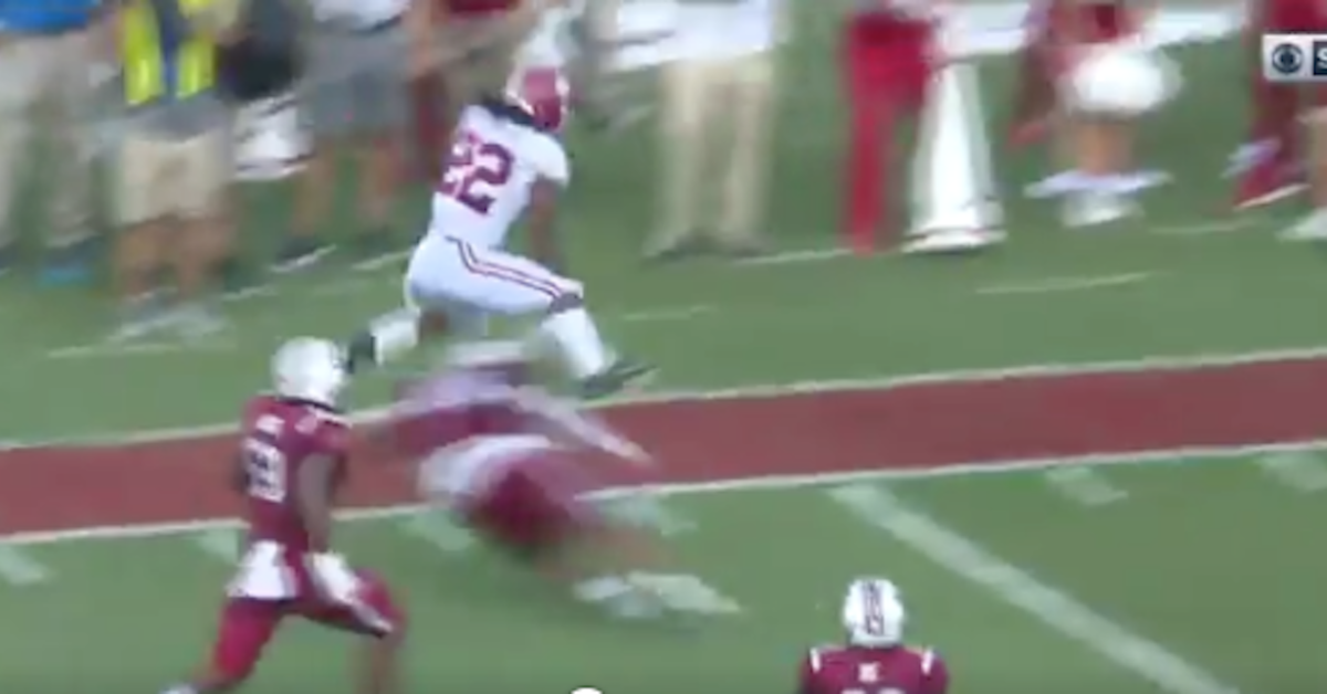 WATCH: Najee Harris goes full beast mode on South Carolina with incredible TD reception